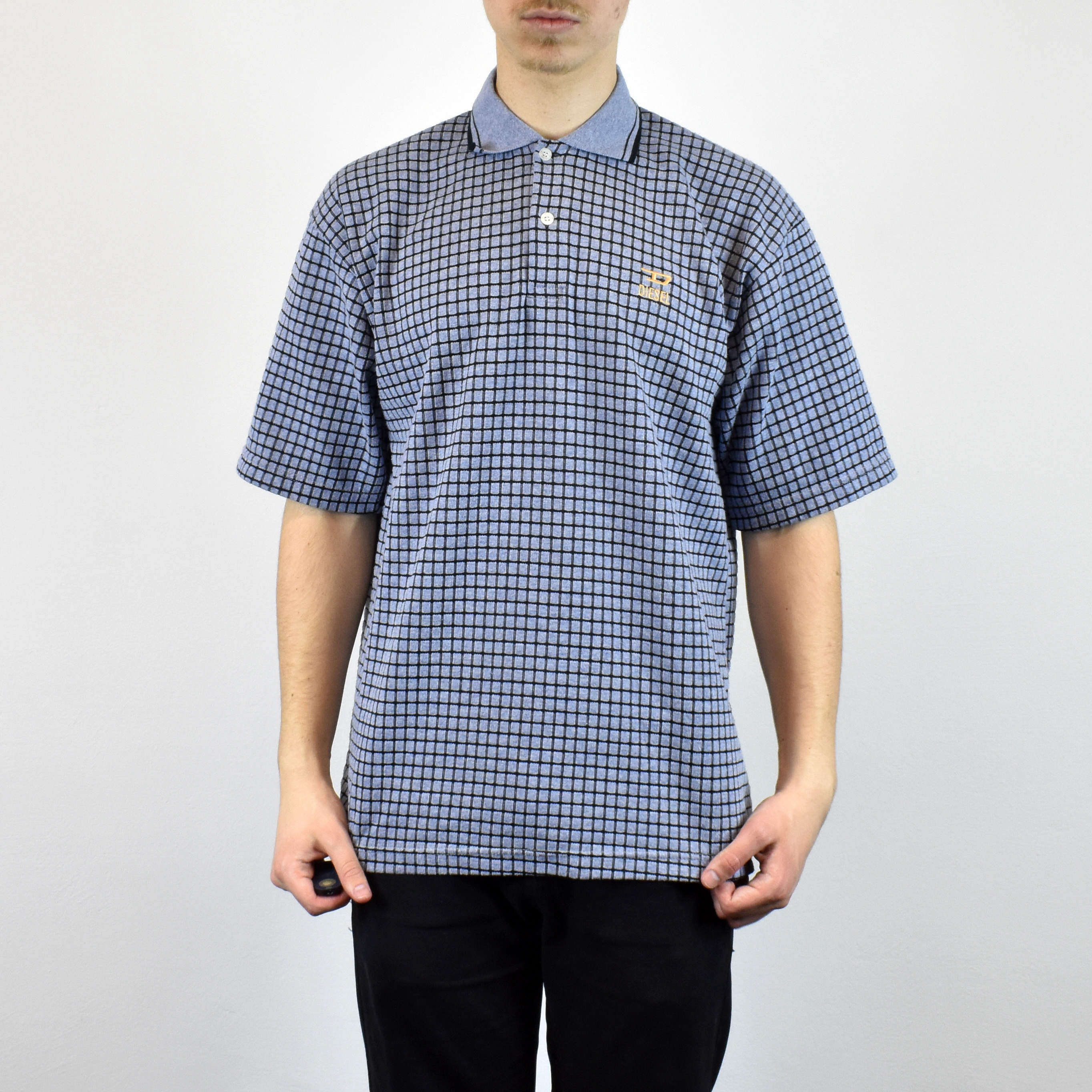 Unisex Vintage checkered Diesel polo shirt in blue has a small logo on the front size L