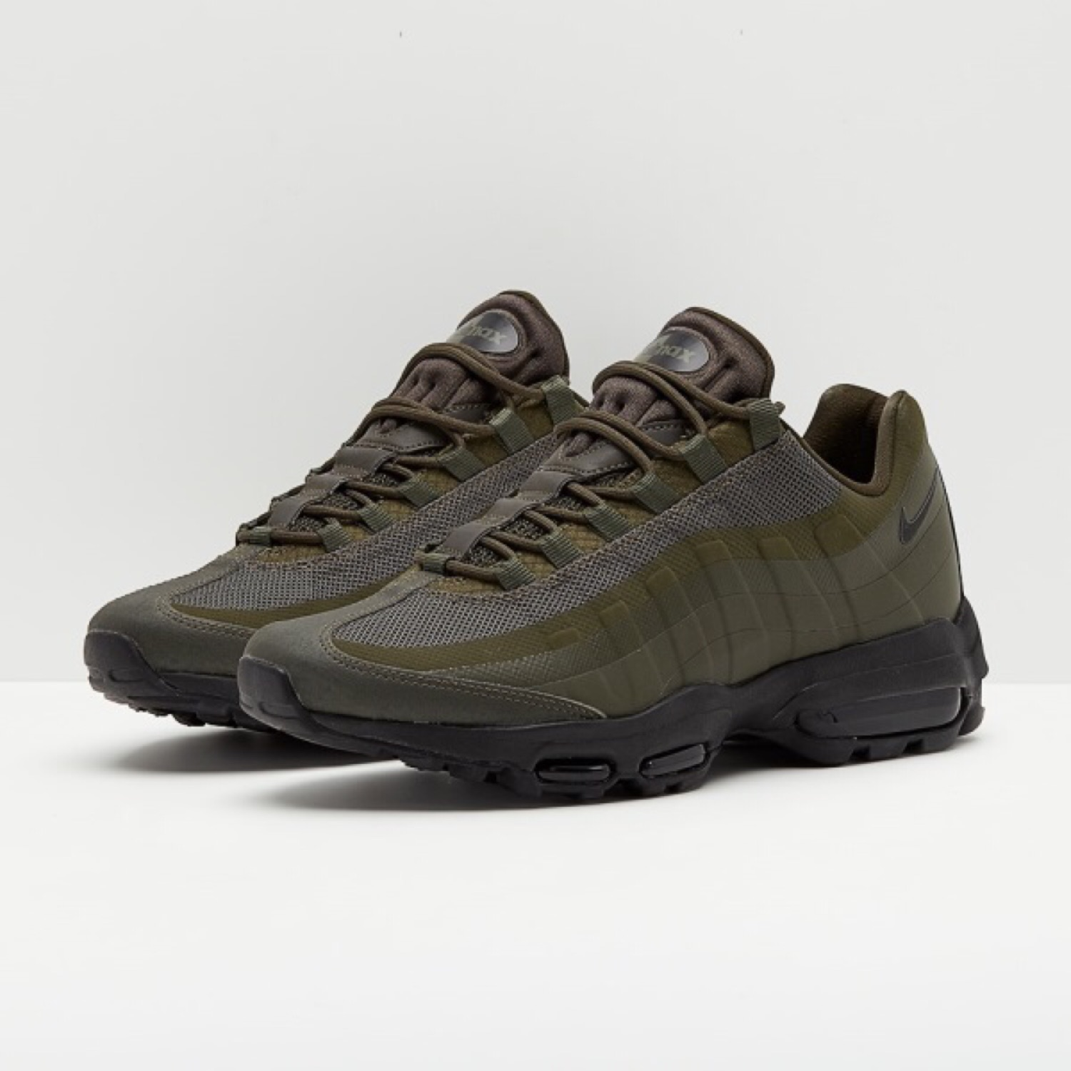 separation shoes 3df93 b930d Nike Air Max 95 Ultra Essential