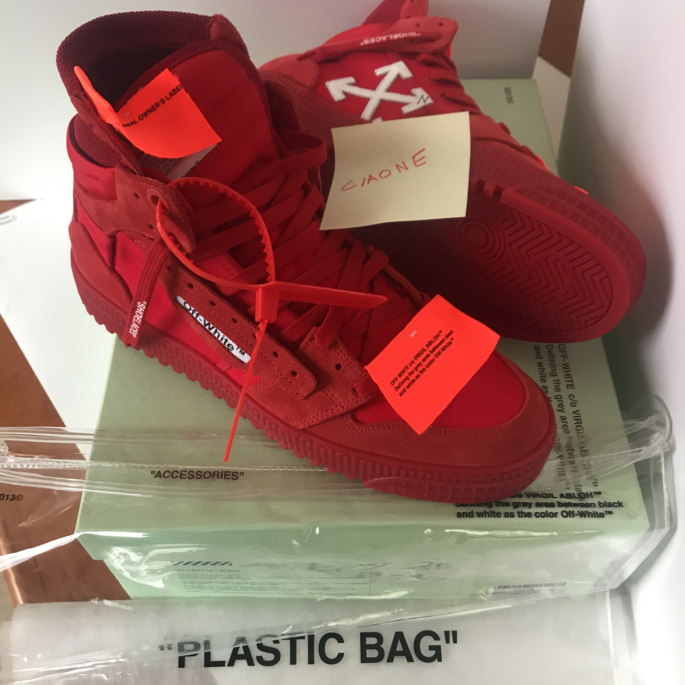O Virgil Abloh Off Court Sneakers Red