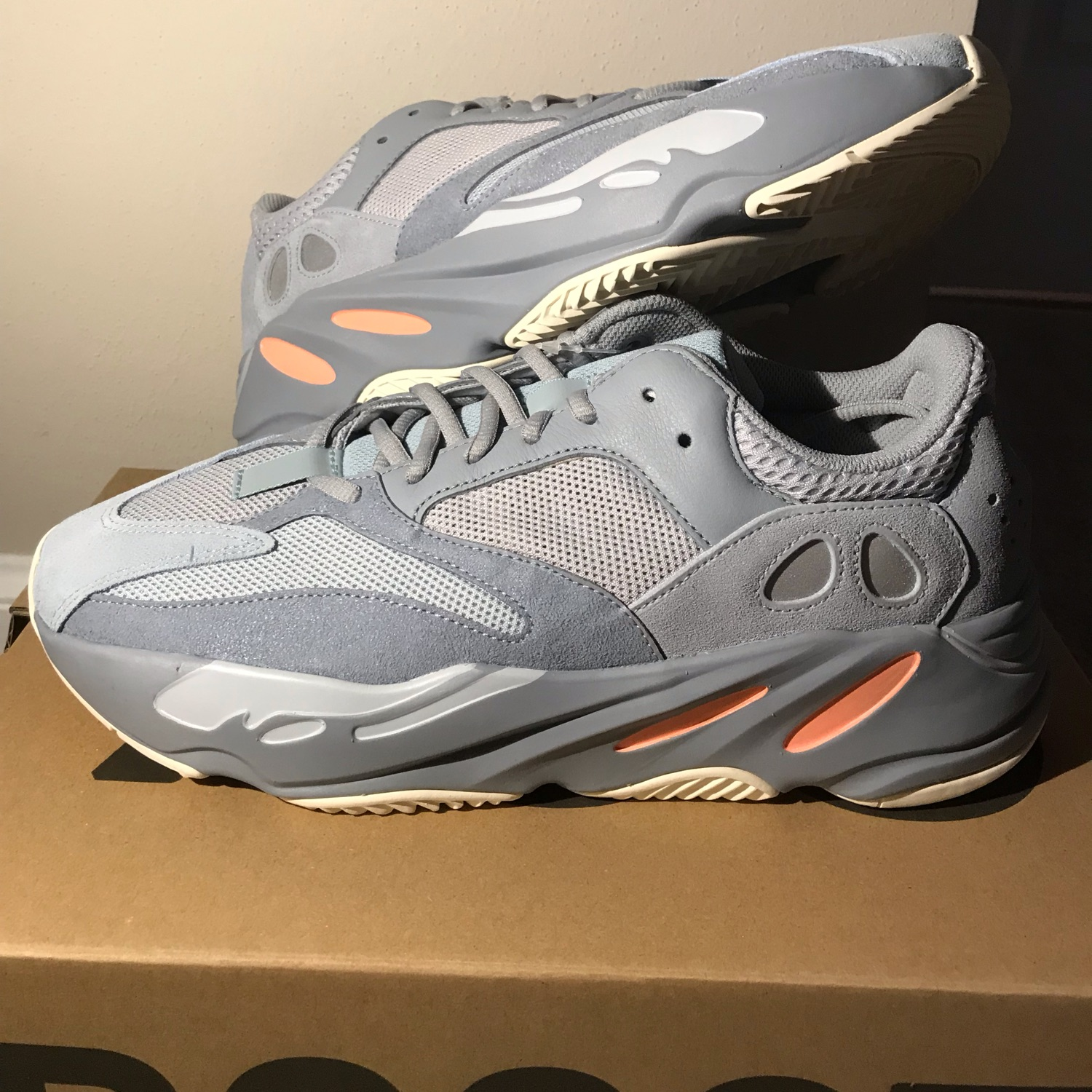 lowest price 7e854 2aafe Adidas Yeezy Boost 700 Inertia Size 10.5 Brand New