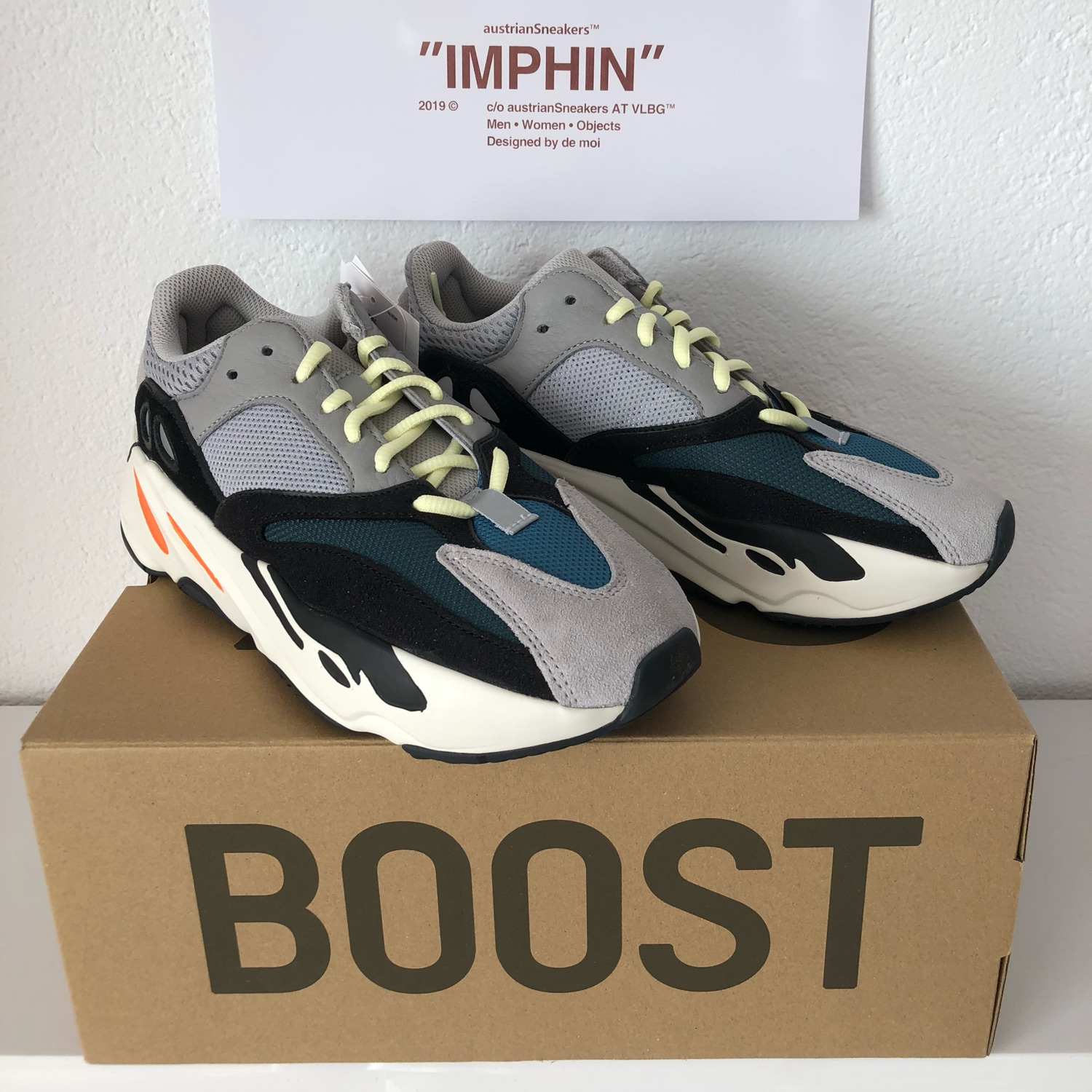 "Adidas Yeezy Boost 700 ""Wave Runner</p>                     </div> 		  <!--bof Product URL --> 										<!--eof Product URL --> 					<!--bof Quantity Discounts table --> 											<!--eof Quantity Discounts table --> 				</div> 				                       			</dd> 						<dt class="